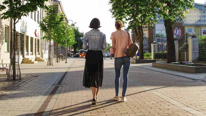 health benefits of car share walking to work