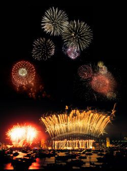 New Years Eve fireworks on Sydney Harbour